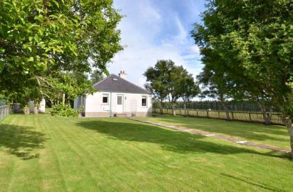 Loch Ruathair Cottage