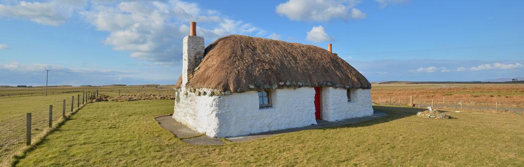 thatched-cottages-banner.jpg